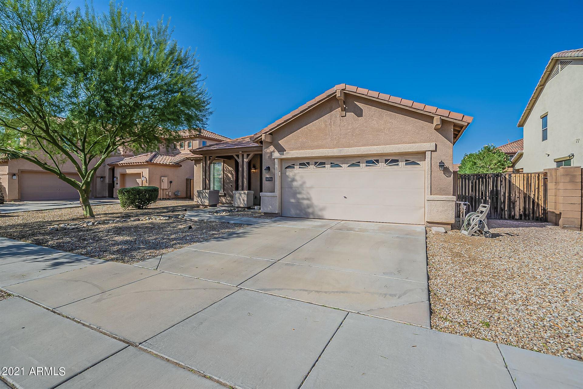 Photo of 16562 W HADLEY Street, Goodyear, AZ 85338 (MLS # 6307638)