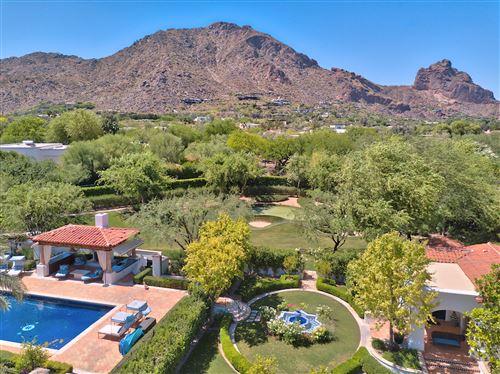 Photo of 5950 E Valley Vista Lane, Paradise Valley, AZ 85253 (MLS # 6151640)