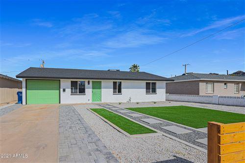 Photo of 902 E EL CAMINITO Drive, Phoenix, AZ 85020 (MLS # 6311643)