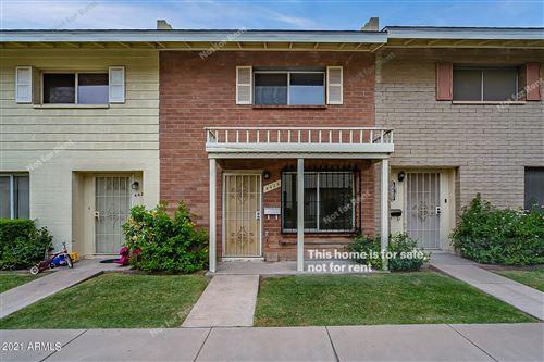 Photo of 4426 E BELLEVIEW Street, Phoenix, AZ 85008 (MLS # 6254644)