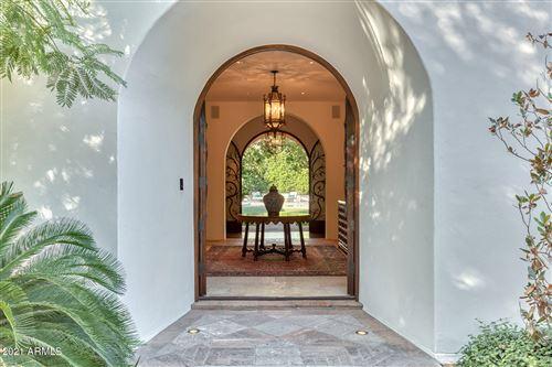 Photo of 5320 N CASA BLANCA Drive, Paradise Valley, AZ 85253 (MLS # 6068646)