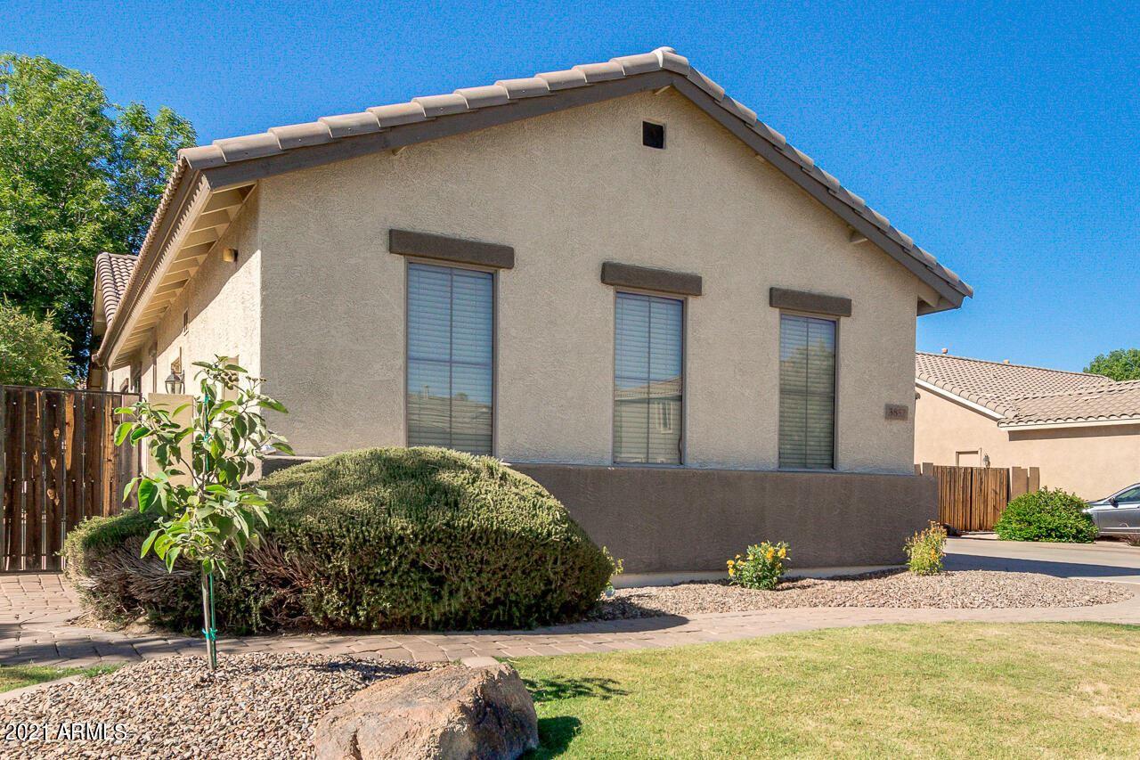 Photo of 3852 E PACKARD Drive, Gilbert, AZ 85298 (MLS # 6249647)