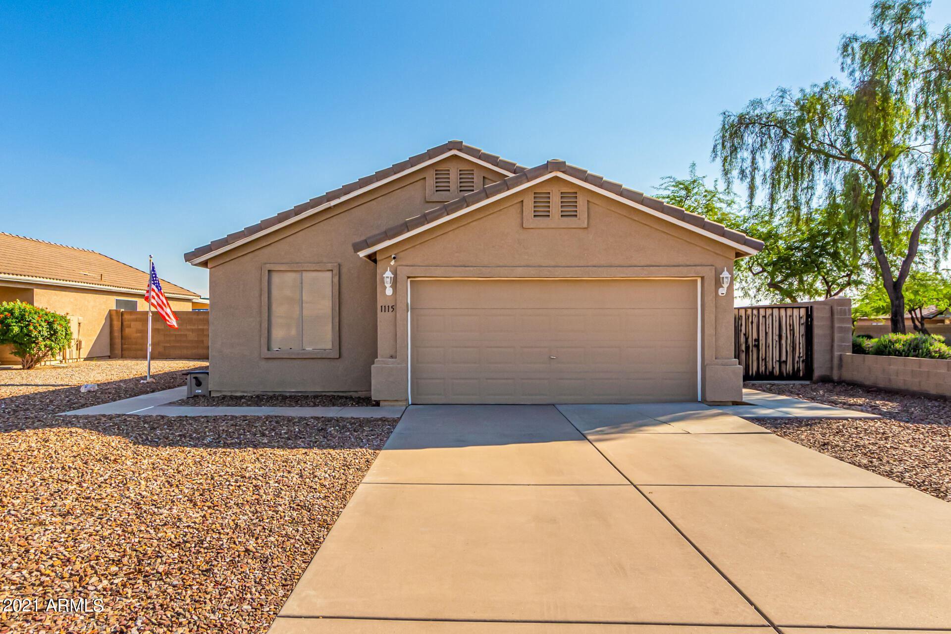 Photo of 1115 W ROSAL Avenue, Apache Junction, AZ 85120 (MLS # 6280647)