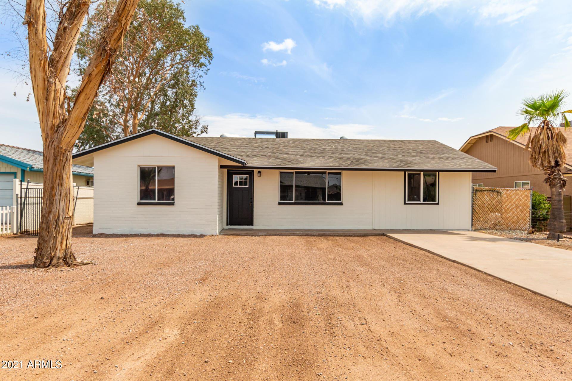 Photo of 535 E FRED Avenue, Apache Junction, AZ 85119 (MLS # 6265648)