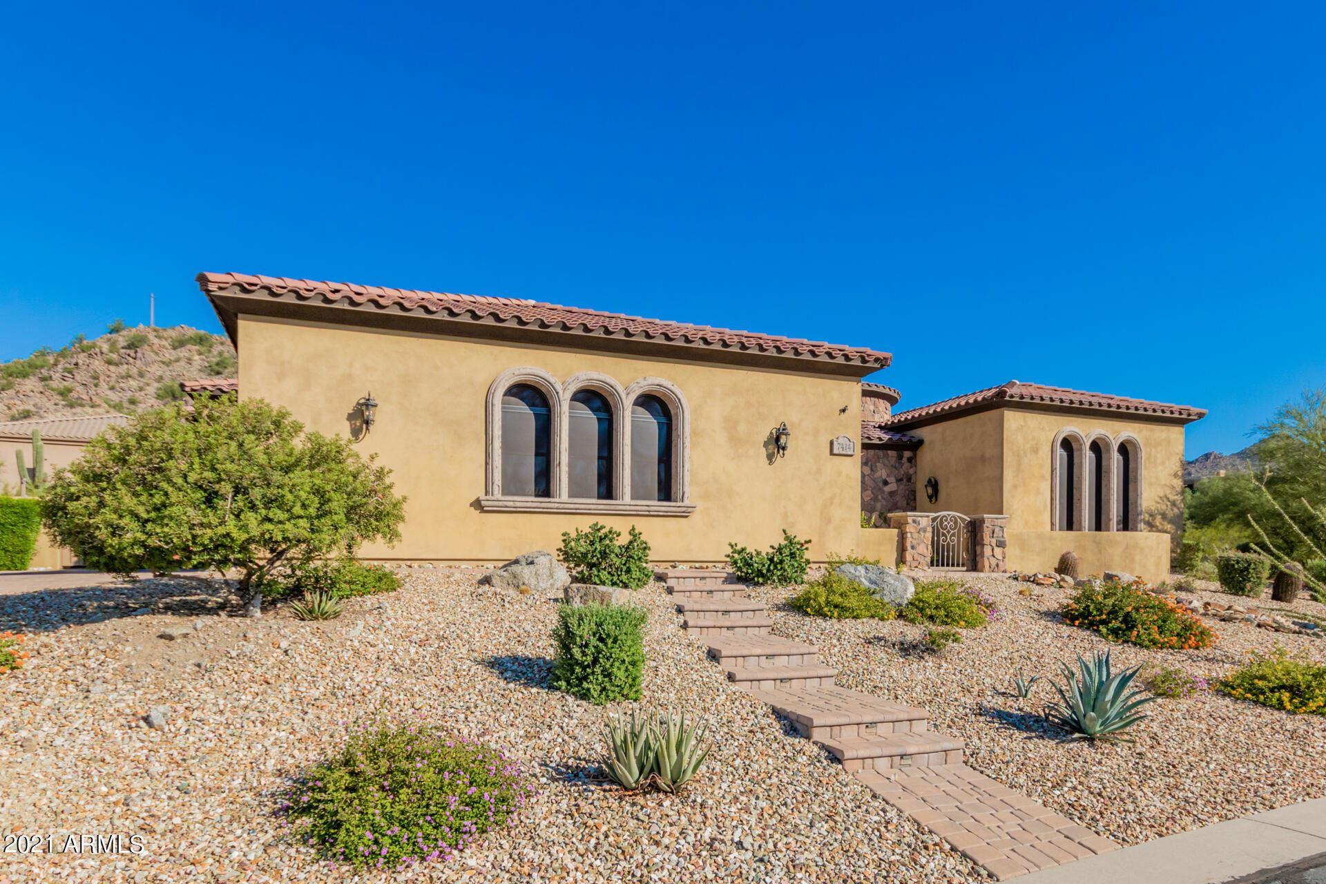 Photo of 7414 E FOREST TRAIL Circle, Mesa, AZ 85207 (MLS # 6307649)