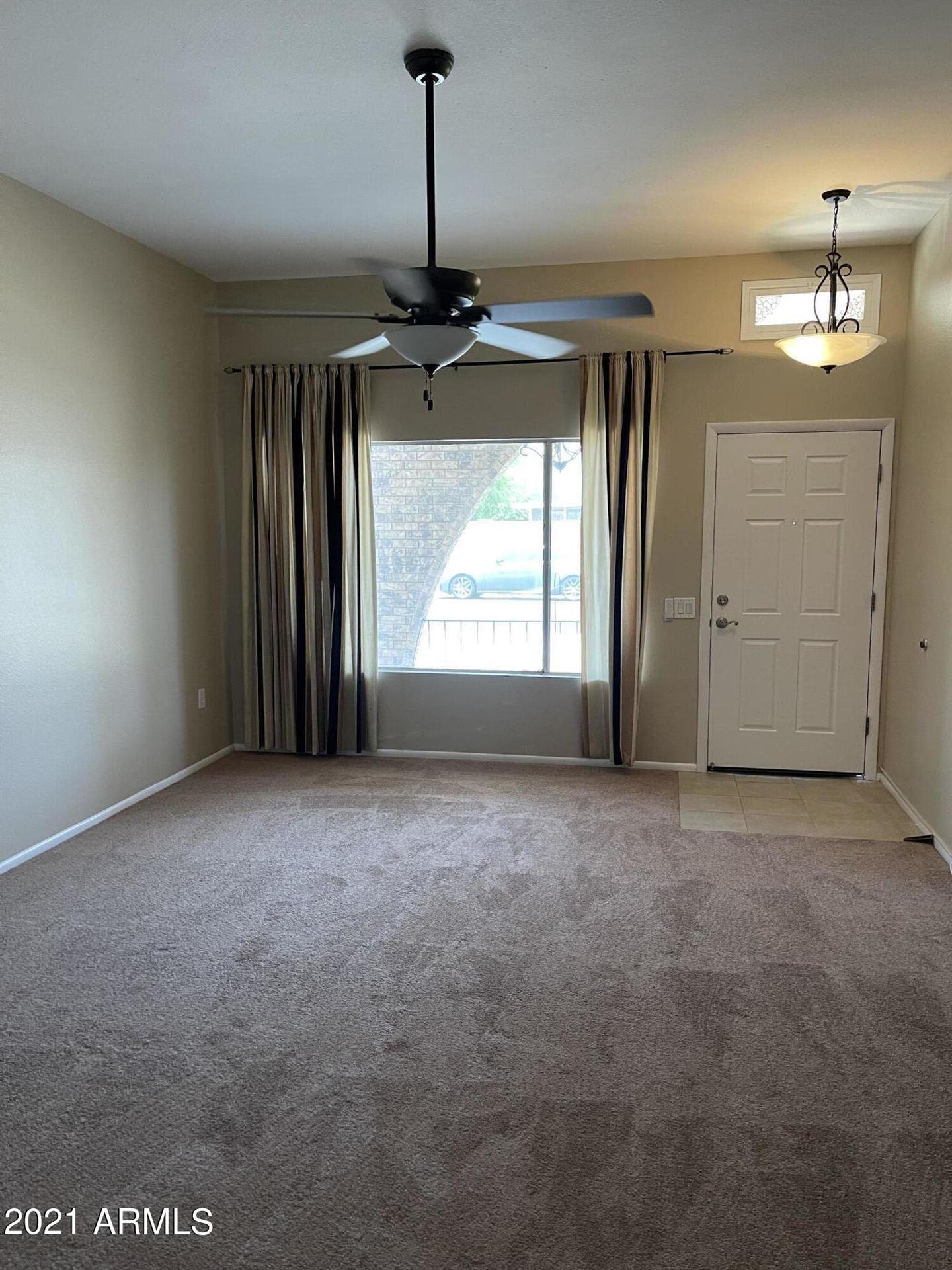 Photo of 9421 W ROLLING HILLS Drive, Sun City, AZ 85351 (MLS # 6268650)