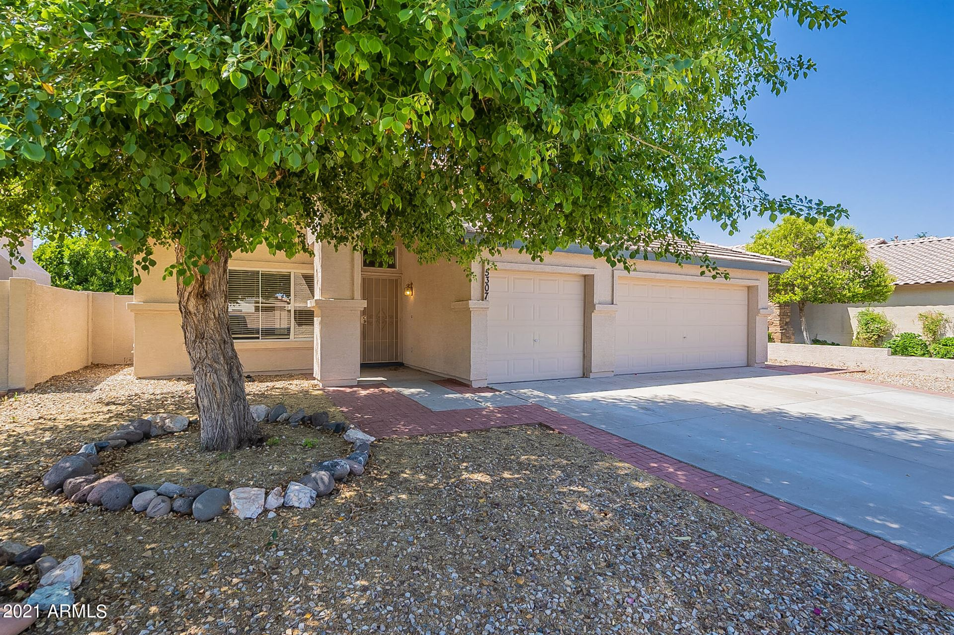 Photo of 5307 W KERRY Lane, Glendale, AZ 85308 (MLS # 6233652)