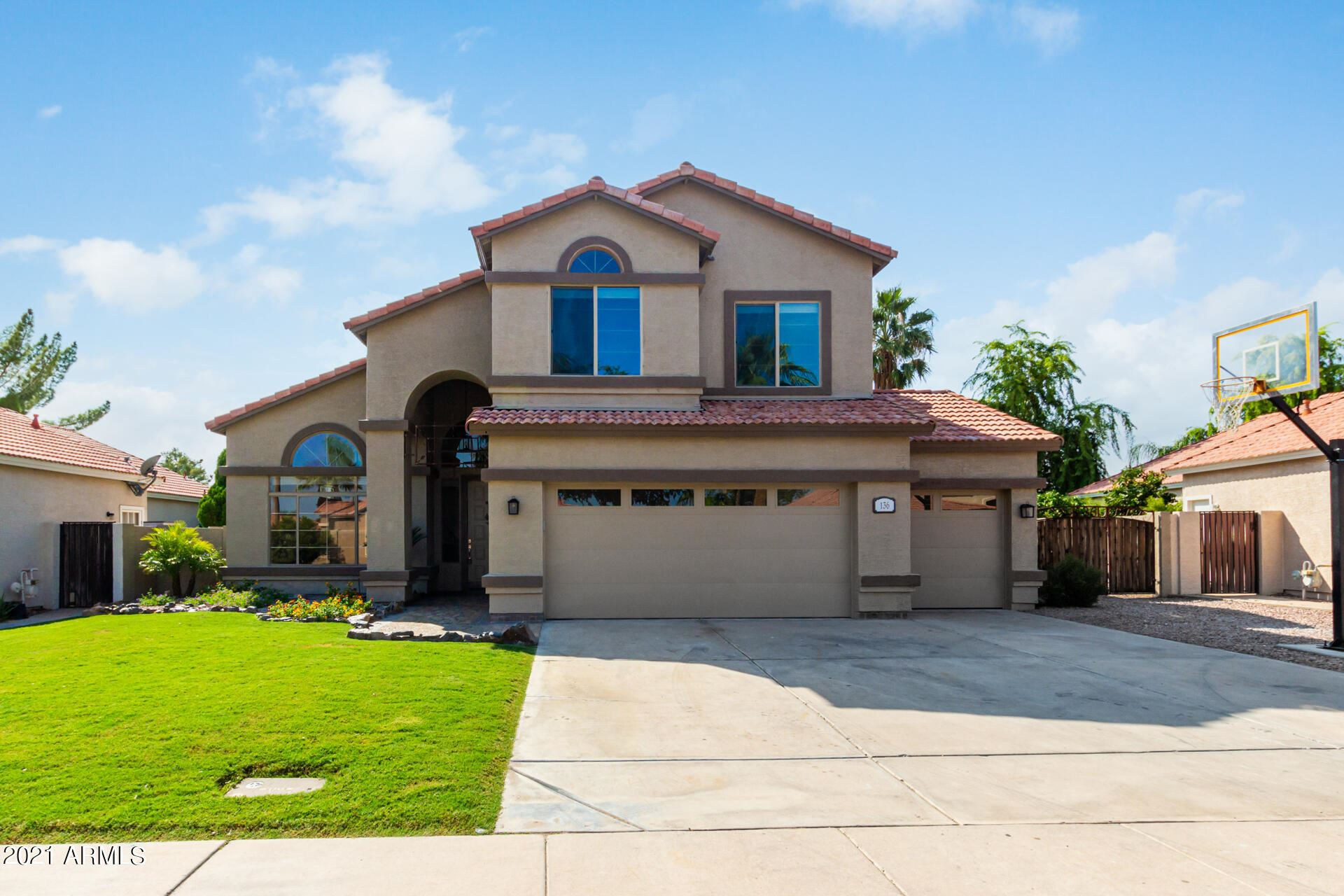 Photo of 136 N STARBOARD Drive, Gilbert, AZ 85234 (MLS # 6295652)