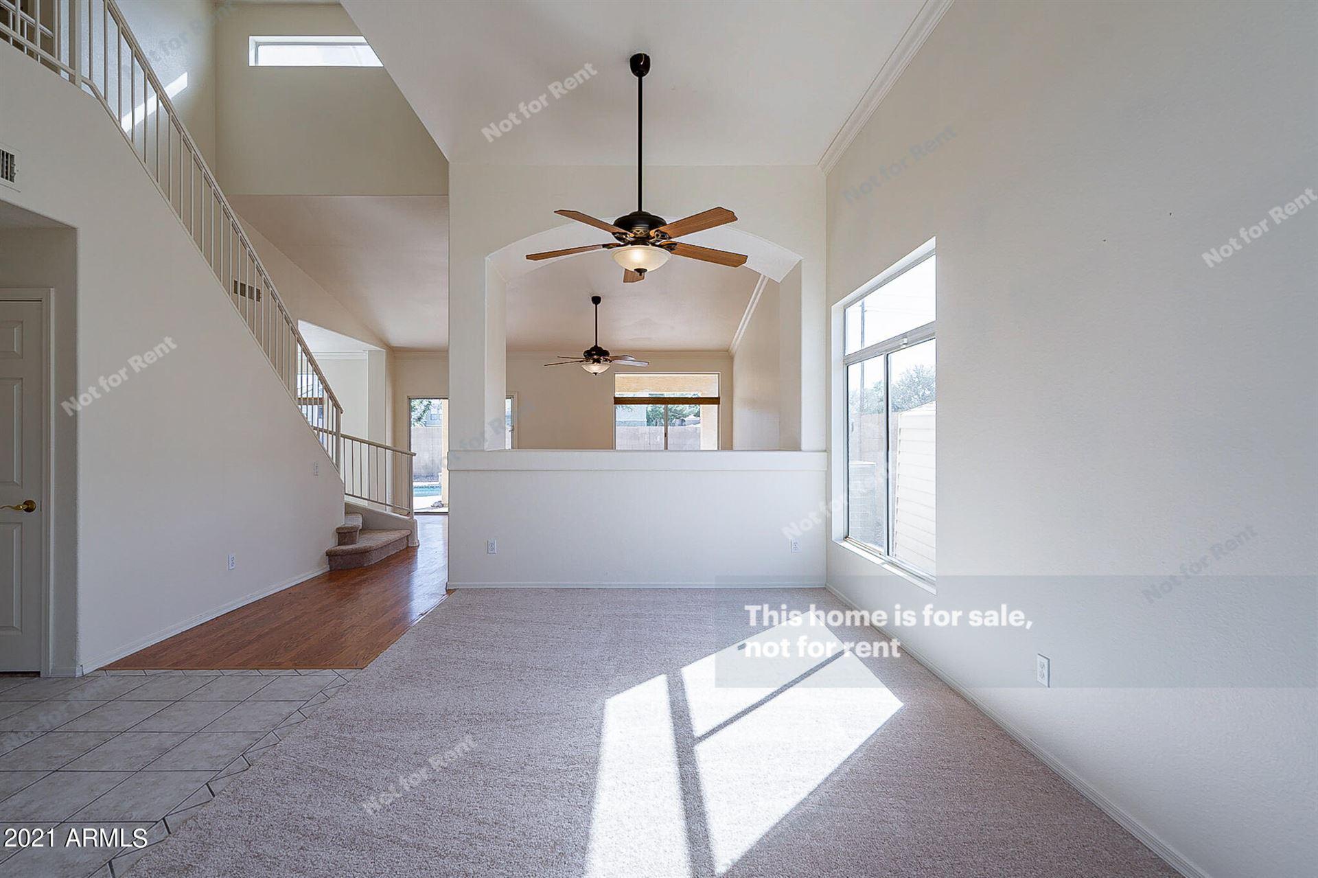 Photo of 1223 W KESLER Lane, Chandler, AZ 85224 (MLS # 6307652)