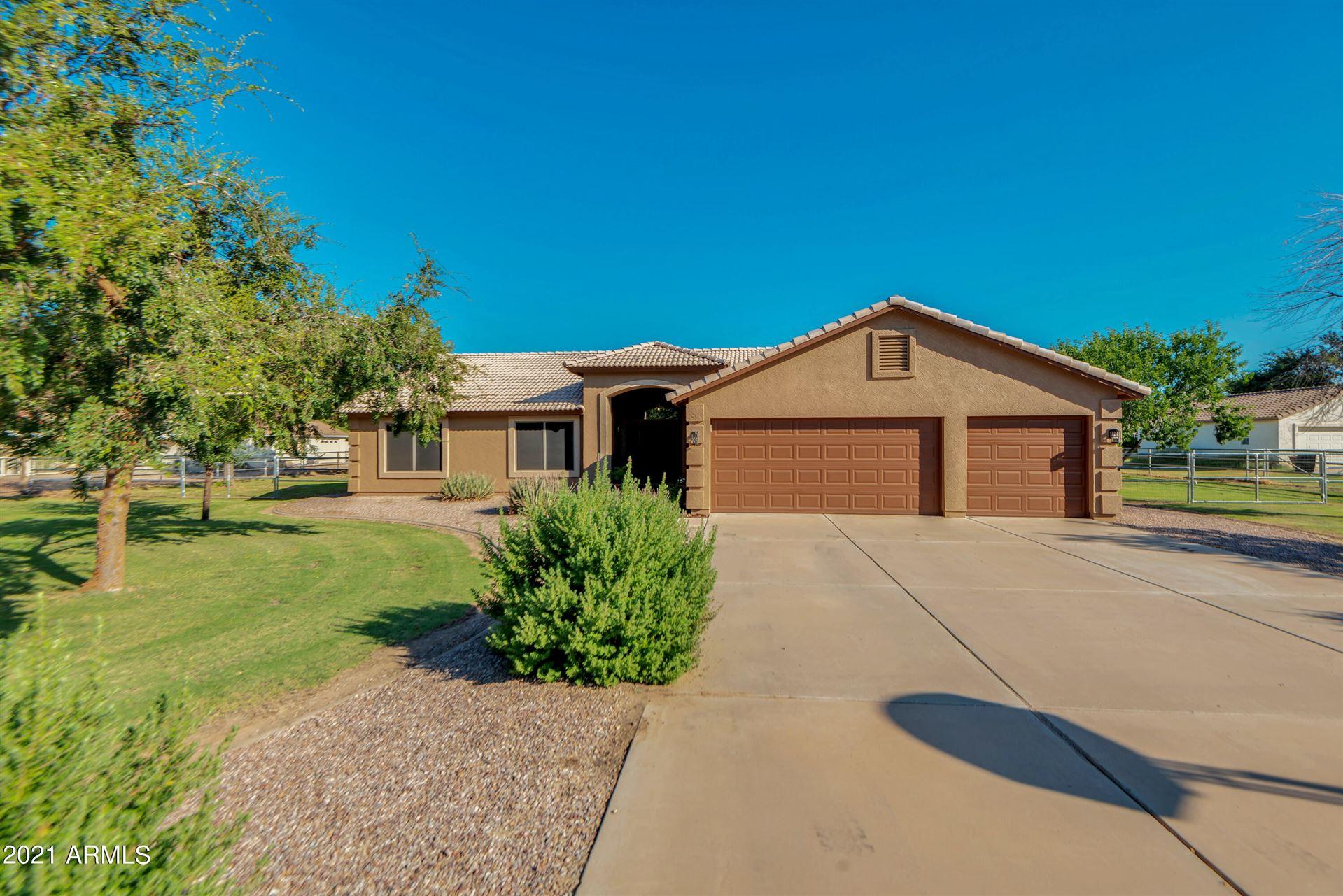 Photo of 22236 E VALLEJO Street, Queen Creek, AZ 85142 (MLS # 6302657)