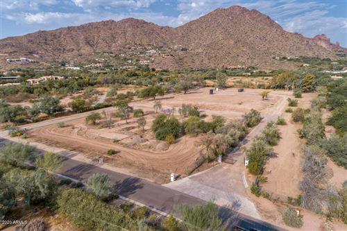 Photo of 5600 N Saguaro Road, Paradise Valley, AZ 85253 (MLS # 5864658)
