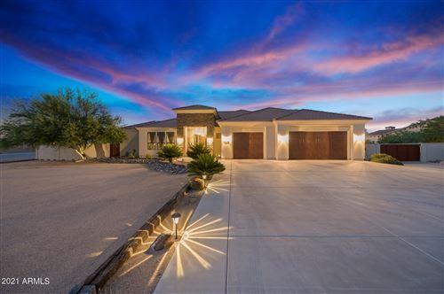 Photo of 1842 W MESQUITE Street, Phoenix, AZ 85086 (MLS # 6292659)