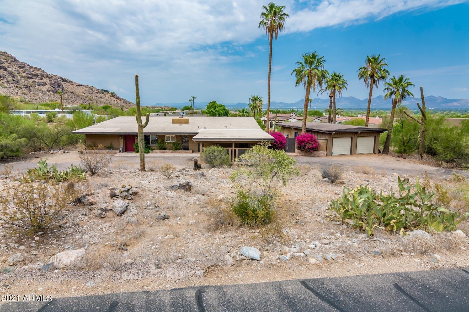 Photo of 6030 E QUARTZ MOUNTAIN Road, Paradise Valley, AZ 85253 (MLS # 6304662)