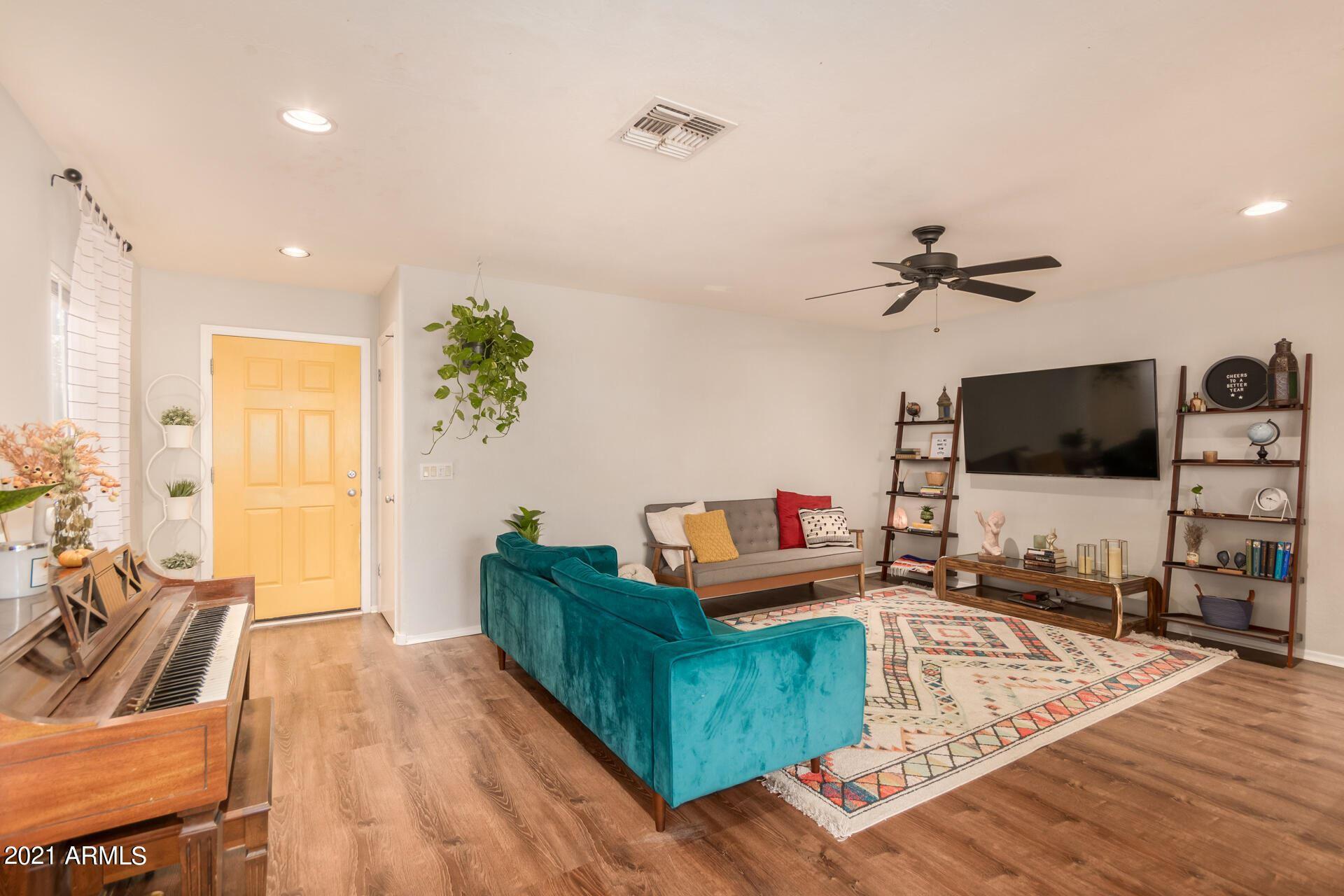 Photo of 11562 W PALO VERDE Avenue, Youngtown, AZ 85363 (MLS # 6297665)