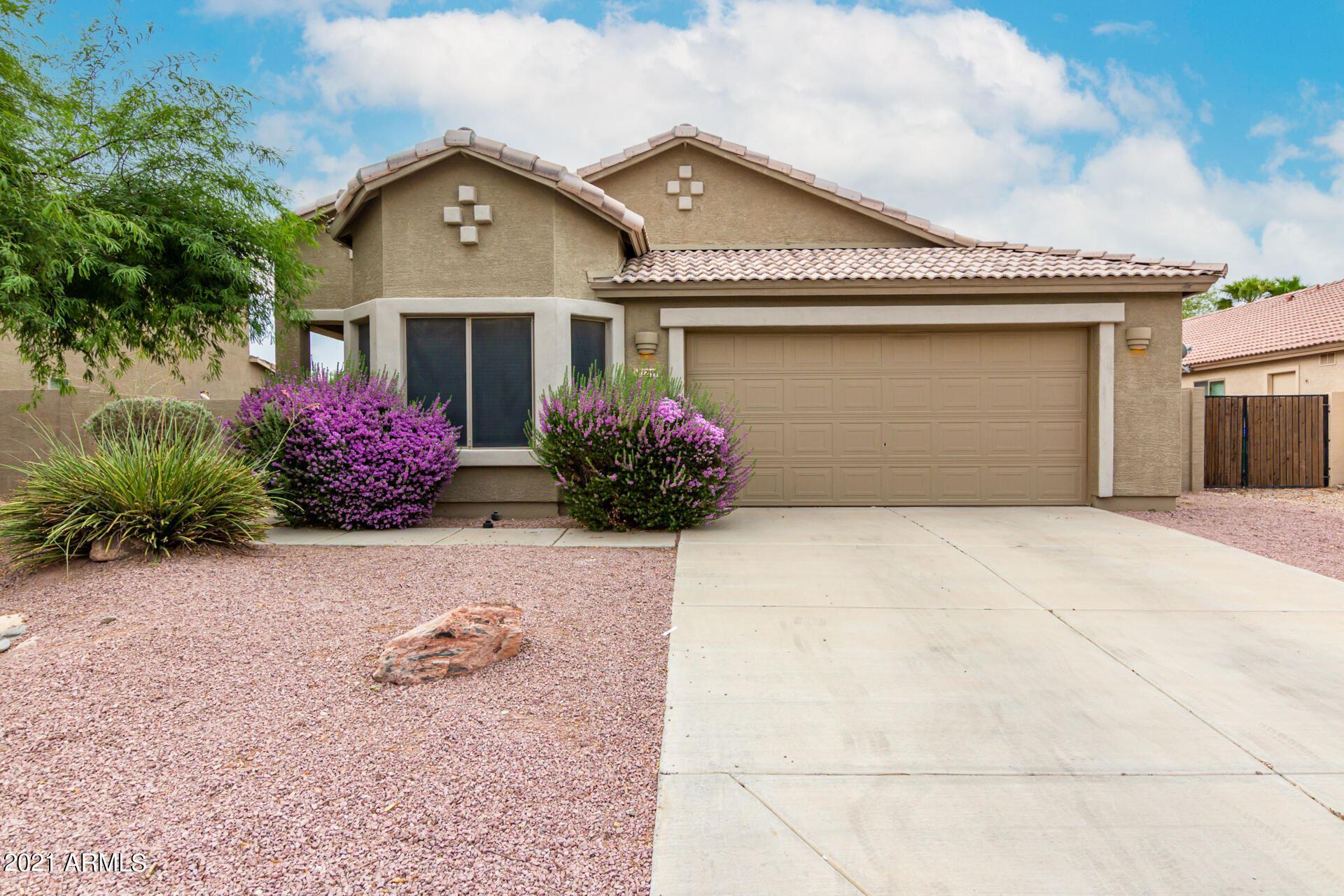 Photo for 22199 N BRADEN Road, Maricopa, AZ 85138 (MLS # 6267668)