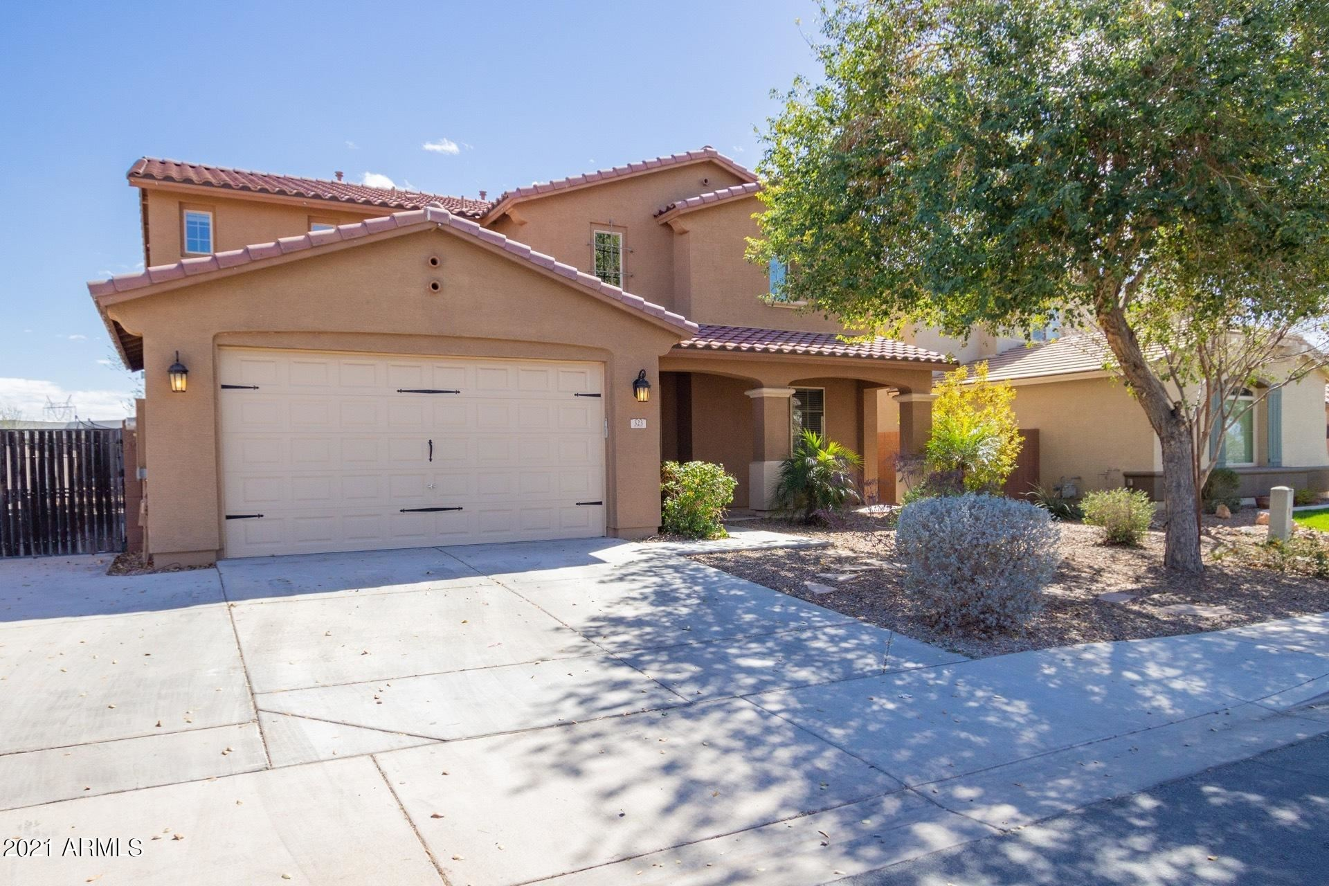 Photo of 323 W YELLOW WOOD Avenue, San Tan Valley, AZ 85140 (MLS # 6200673)