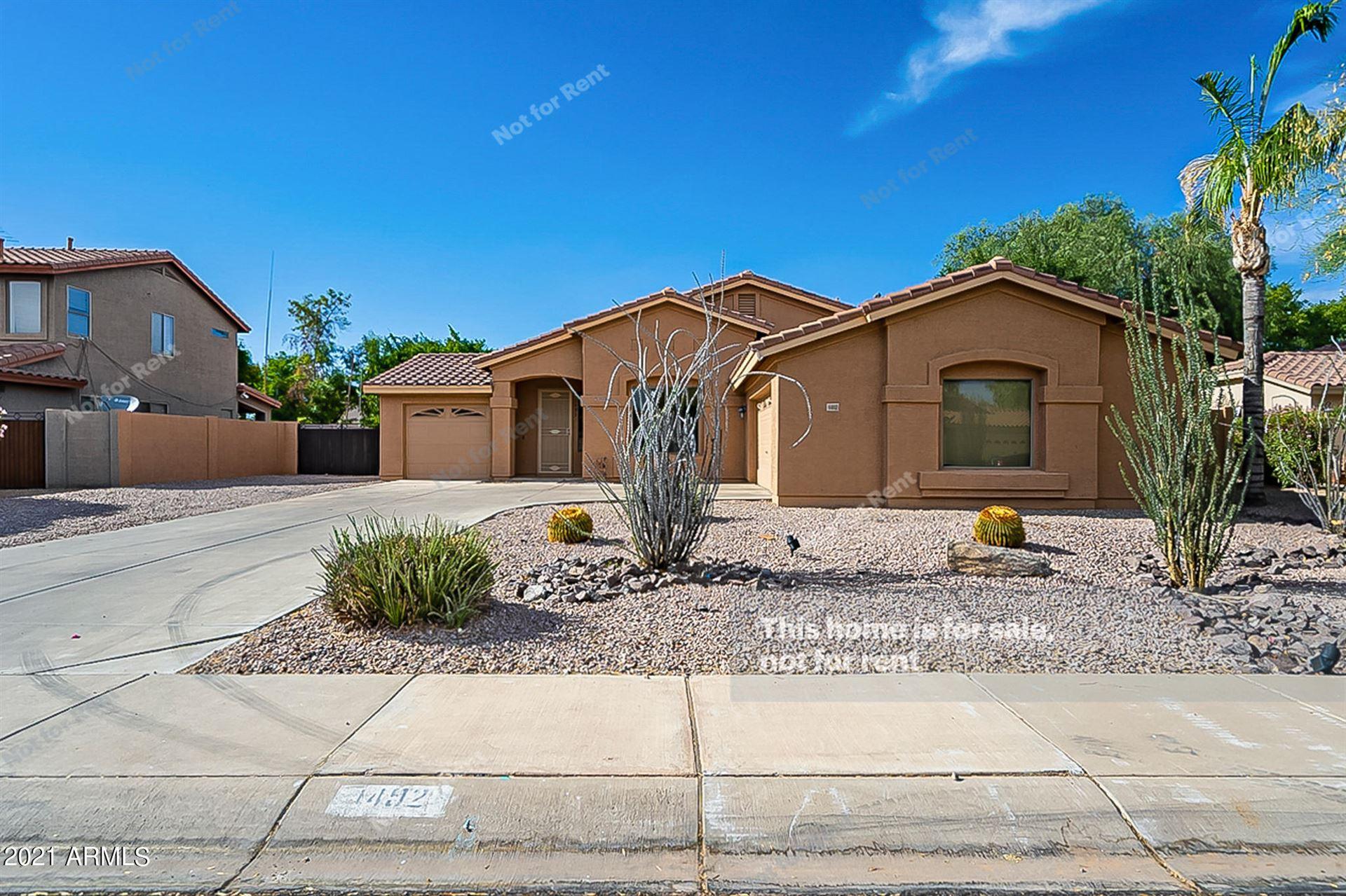 Photo of 1492 E SHAMROCK Street, Gilbert, AZ 85295 (MLS # 6249674)