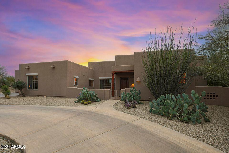 Photo of 8027 E CAREFREE Drive, Carefree, AZ 85377 (MLS # 6229676)