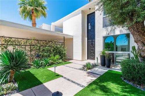 Photo of 7246 E JOSHUA TREE Lane, Scottsdale, AZ 85250 (MLS # 6232678)