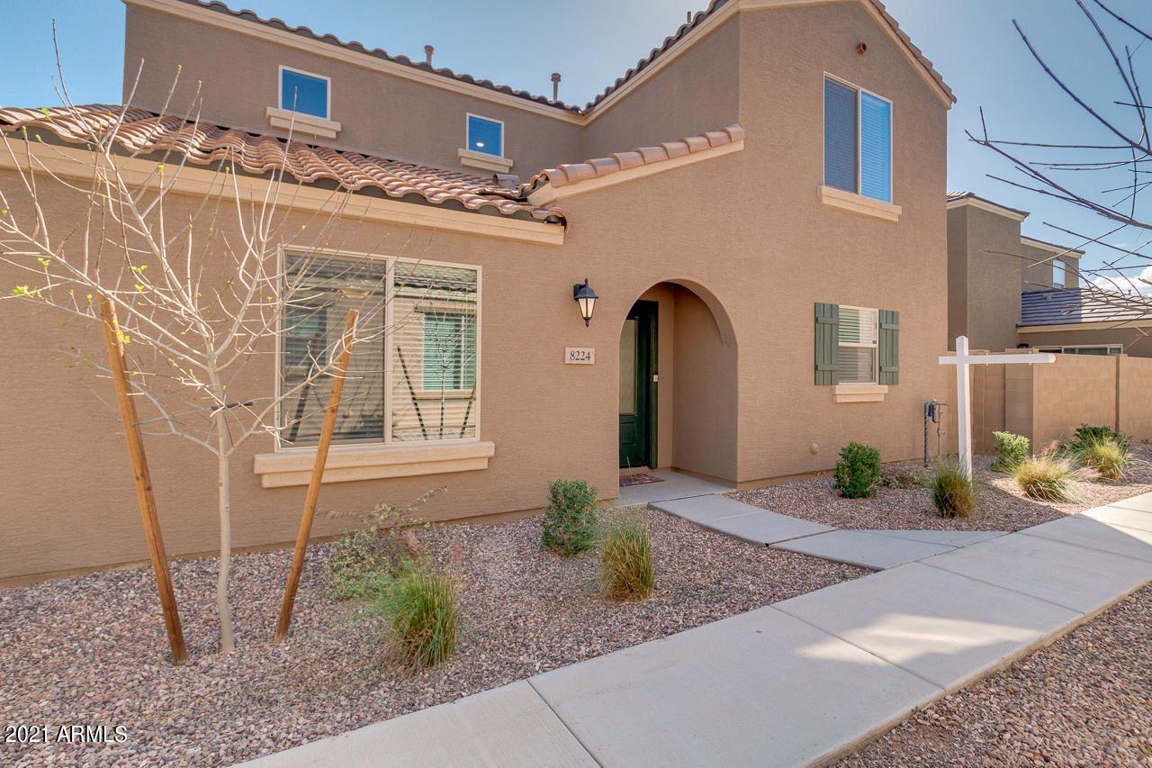 Photo of 8224 W ILLINI Street, Phoenix, AZ 85043 (MLS # 6200678)