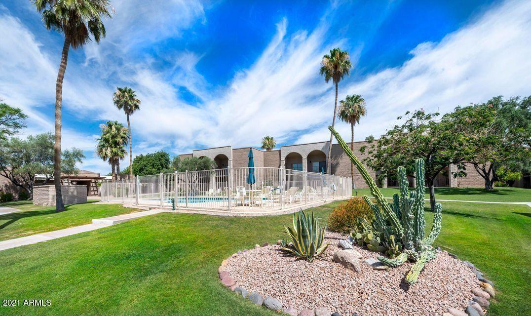 Photo of 16912 E LA MONTANA Drive #D116, Fountain Hills, AZ 85268 (MLS # 6229678)