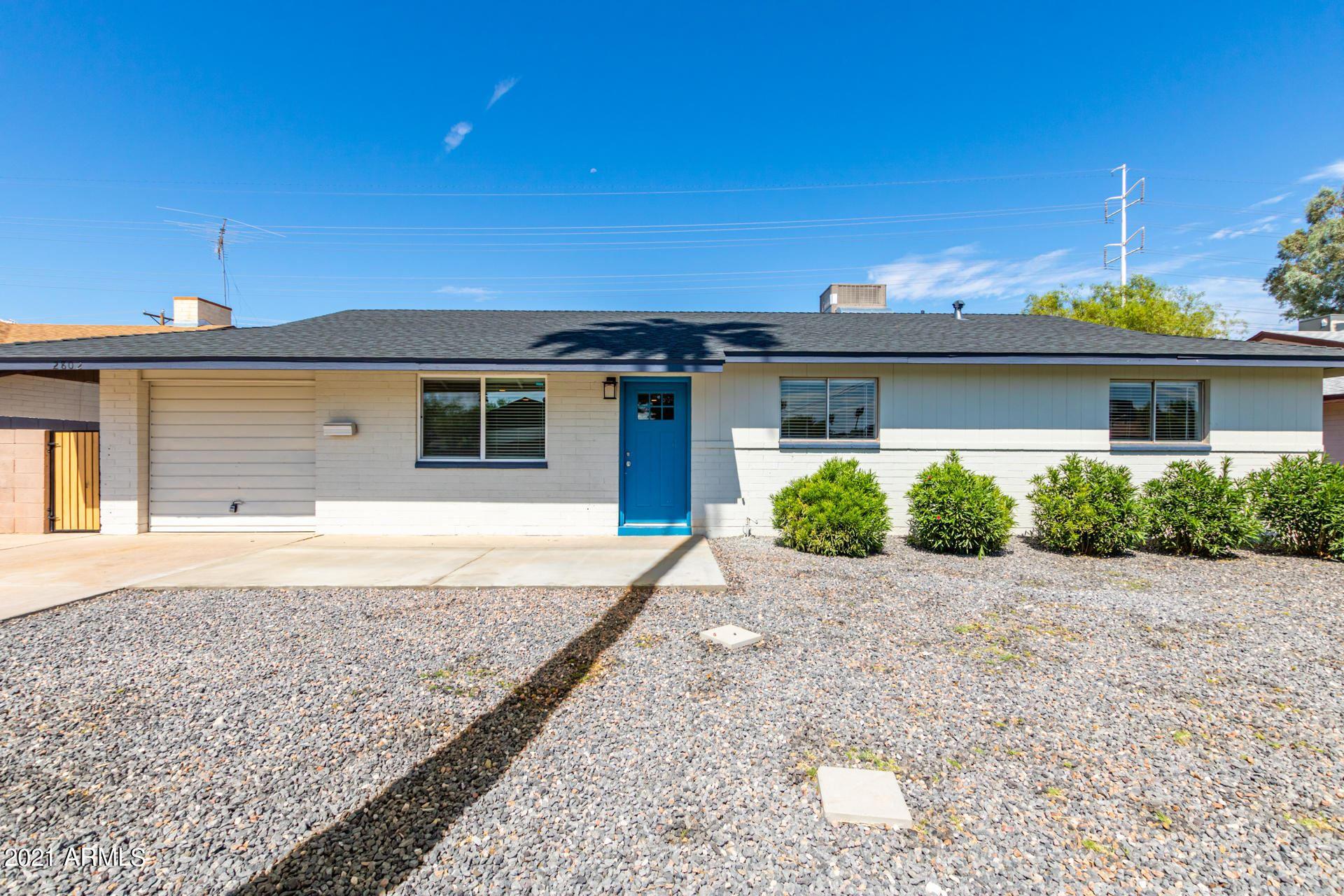 Photo of 2802 S DROMEDARY Drive, Tempe, AZ 85282 (MLS # 6272678)