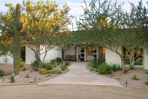 Photo of 3745 E BETHANY HOME Road, Paradise Valley, AZ 85253 (MLS # 5991683)