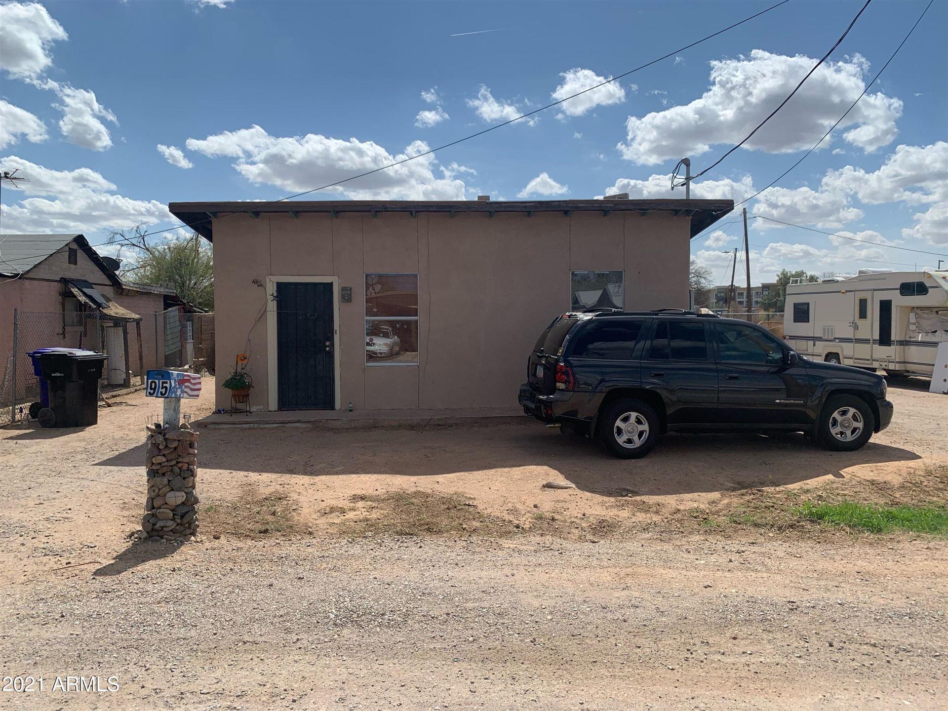 Photo of 95 W BROOKS Street, Gilbert, AZ 85233 (MLS # 6202683)