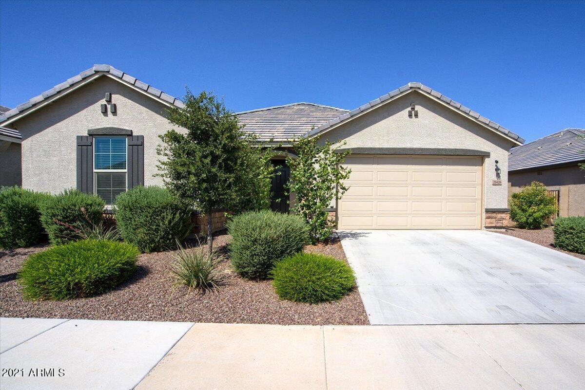Photo of 21426 W BERKELEY Road, Buckeye, AZ 85396 (MLS # 6294685)