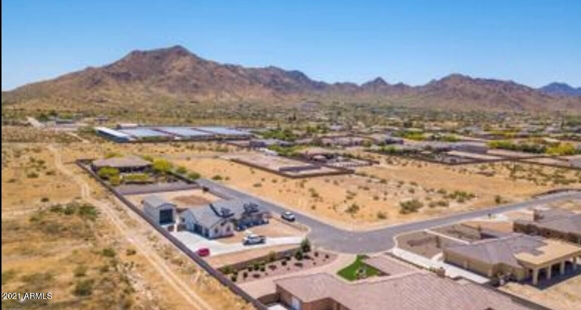 Photo of 5405 E Encanto Paseo Drive, San Tan Valley, AZ 85142 (MLS # 6296685)