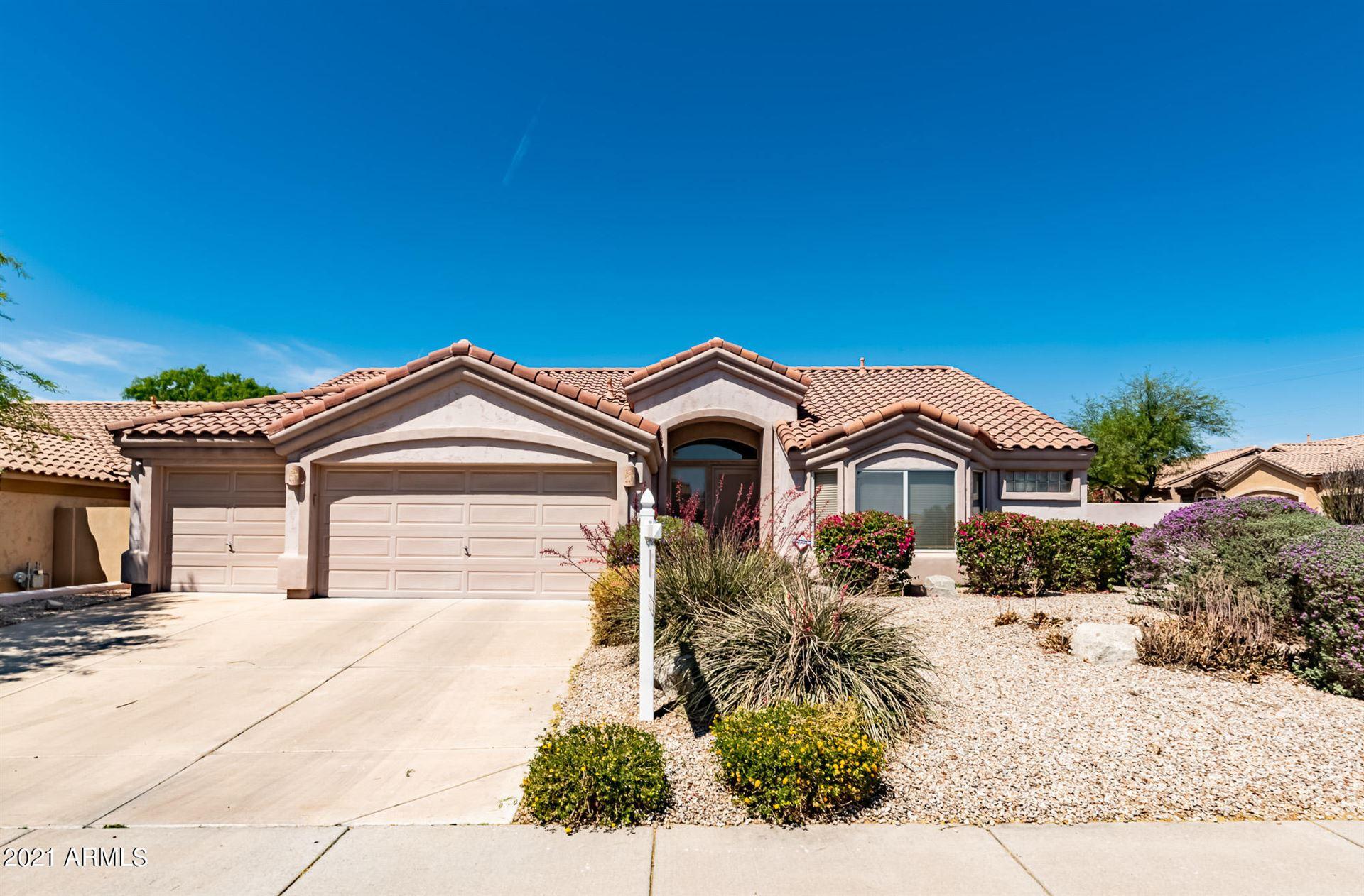 Photo of 4826 E PEAK VIEW Road, Cave Creek, AZ 85331 (MLS # 6229687)