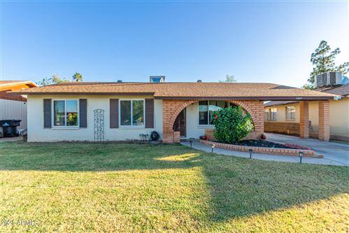 Photo of 4247 E SAINT CATHERINE Avenue, Phoenix, AZ 85042 (MLS # 6300689)