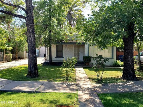Photo of 912 & 916 S MAPLE Avenue, Tempe, AZ 85281 (MLS # 6249690)