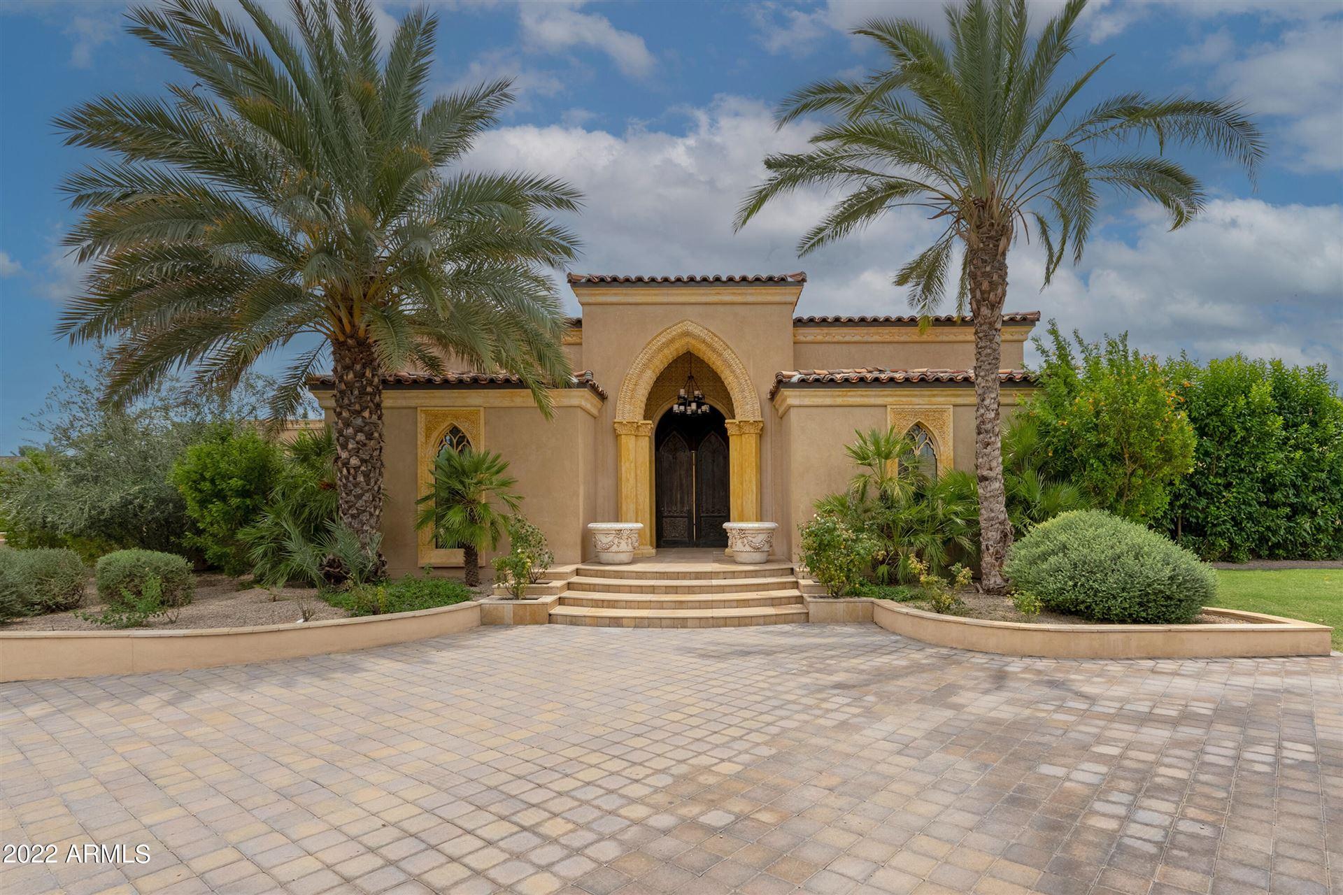 Photo of 6659 E Indian Bend Road, Paradise Valley, AZ 85253 (MLS # 6174692)