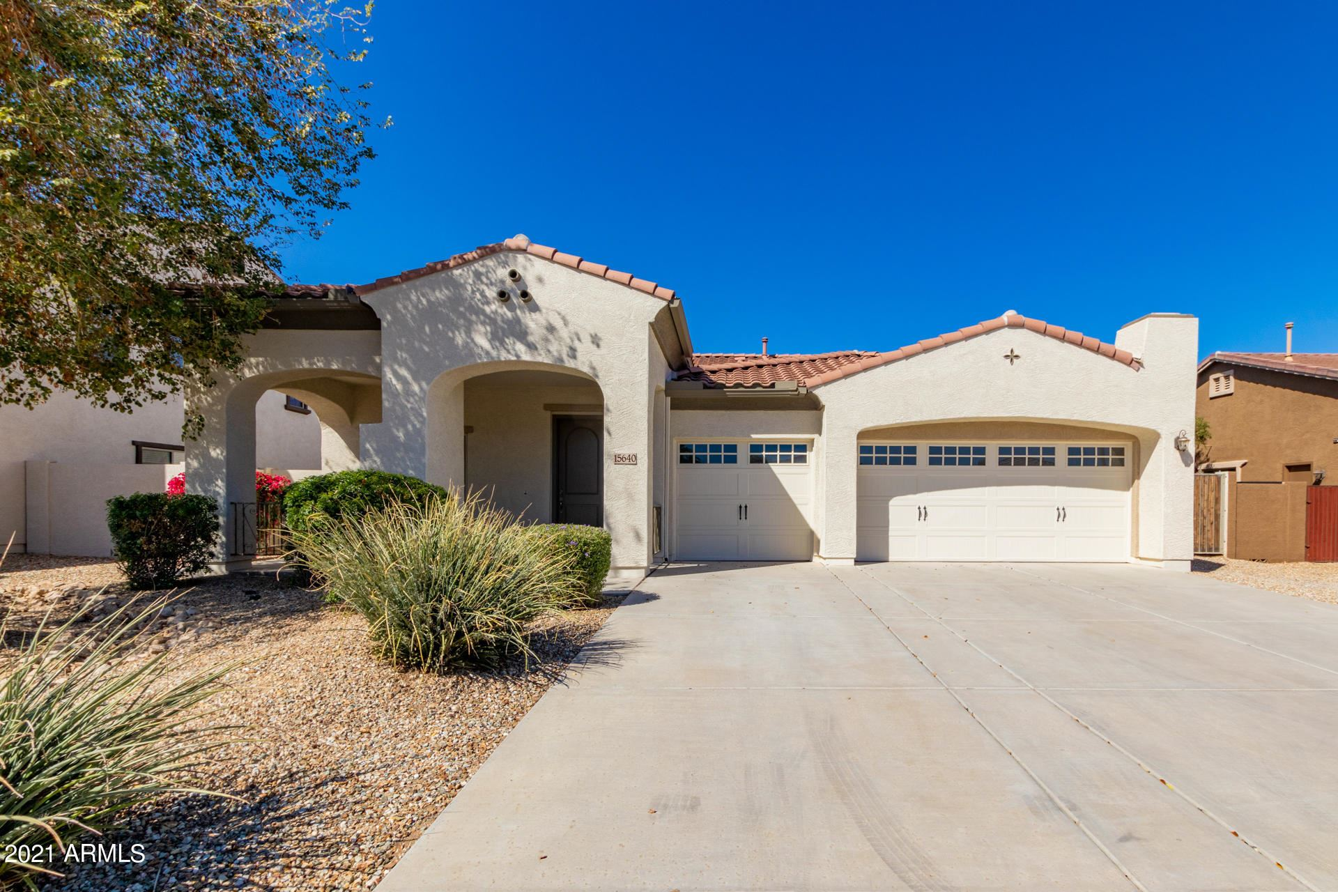 Photo of 15640 W MINNEZONA Avenue, Goodyear, AZ 85395 (MLS # 6199693)