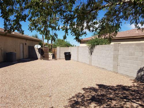 Photo of 1561 E LARK Street, Gilbert, AZ 85297 (MLS # 6100696)