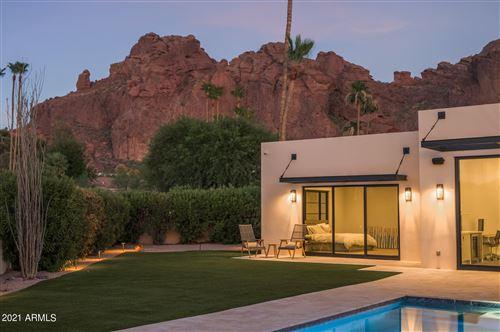 Photo of 5833 N 46TH Place, Phoenix, AZ 85018 (MLS # 6267696)