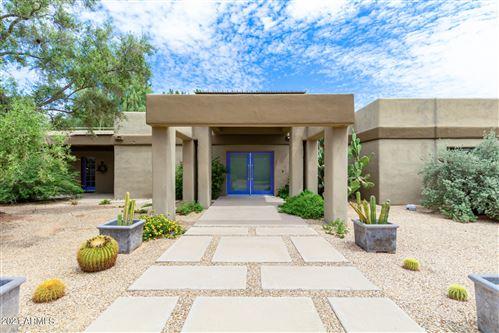 Photo of 7321 N MOCKINGBIRD Lane, Paradise Valley, AZ 85253 (MLS # 6281697)