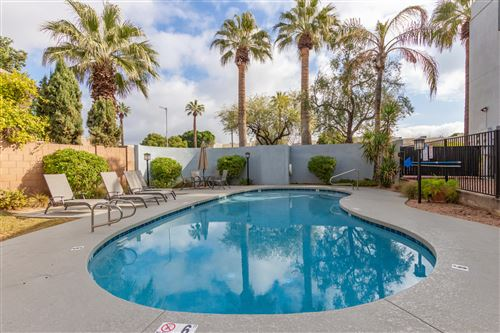 Photo of 2 W GEORGIA Avenue #12, Phoenix, AZ 85013 (MLS # 6027698)