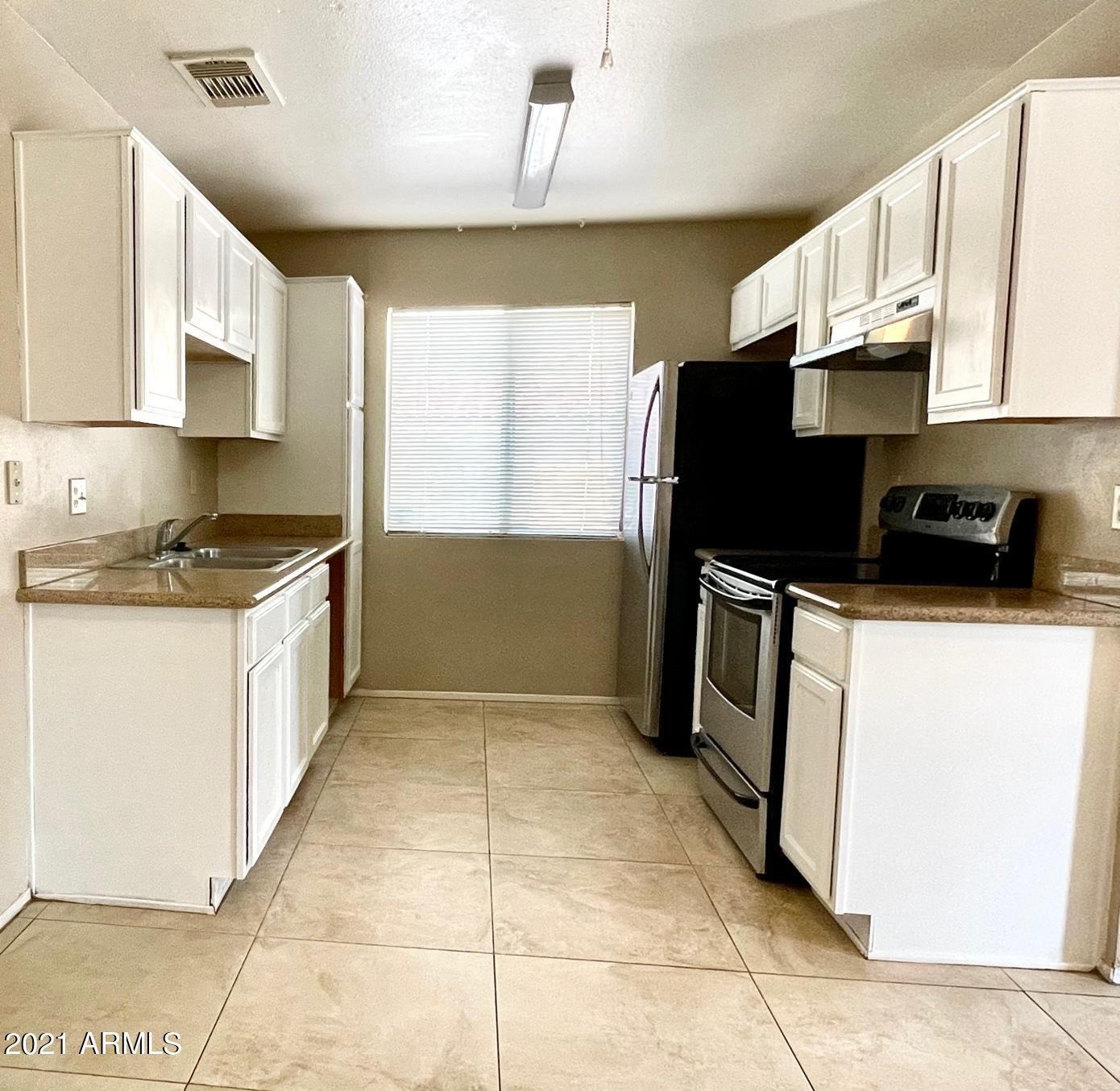 Photo of 3511 E BASELINE Road #1087, Phoenix, AZ 85042 (MLS # 6202706)