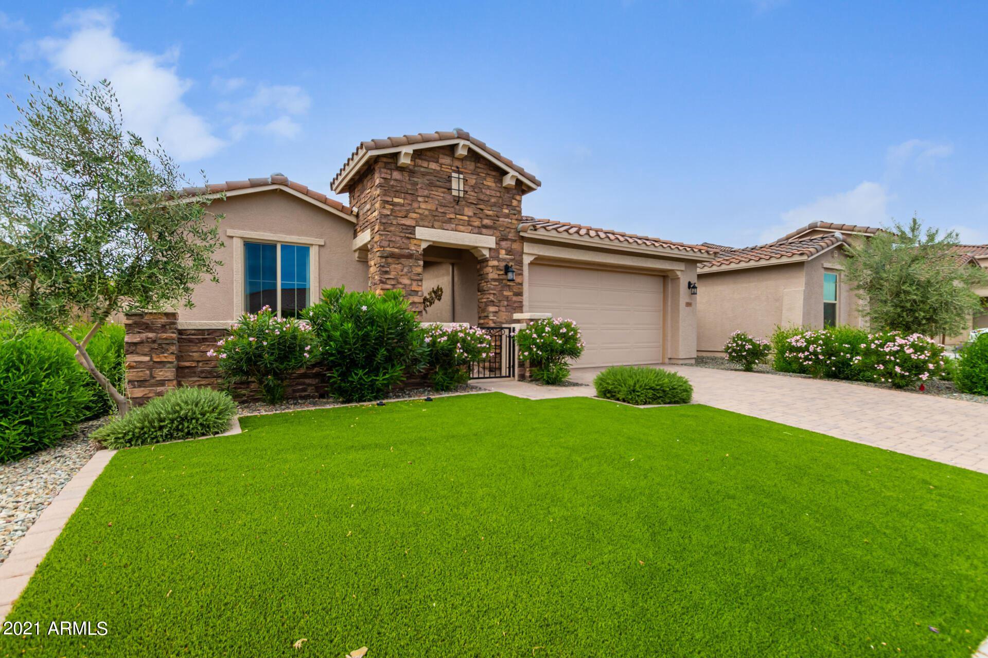 Photo of 5214 N 188th Lane, Litchfield Park, AZ 85340 (MLS # 6305711)