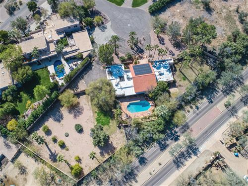 Photo of 8835 N 52ND Place, Paradise Valley, AZ 85253 (MLS # 6039712)