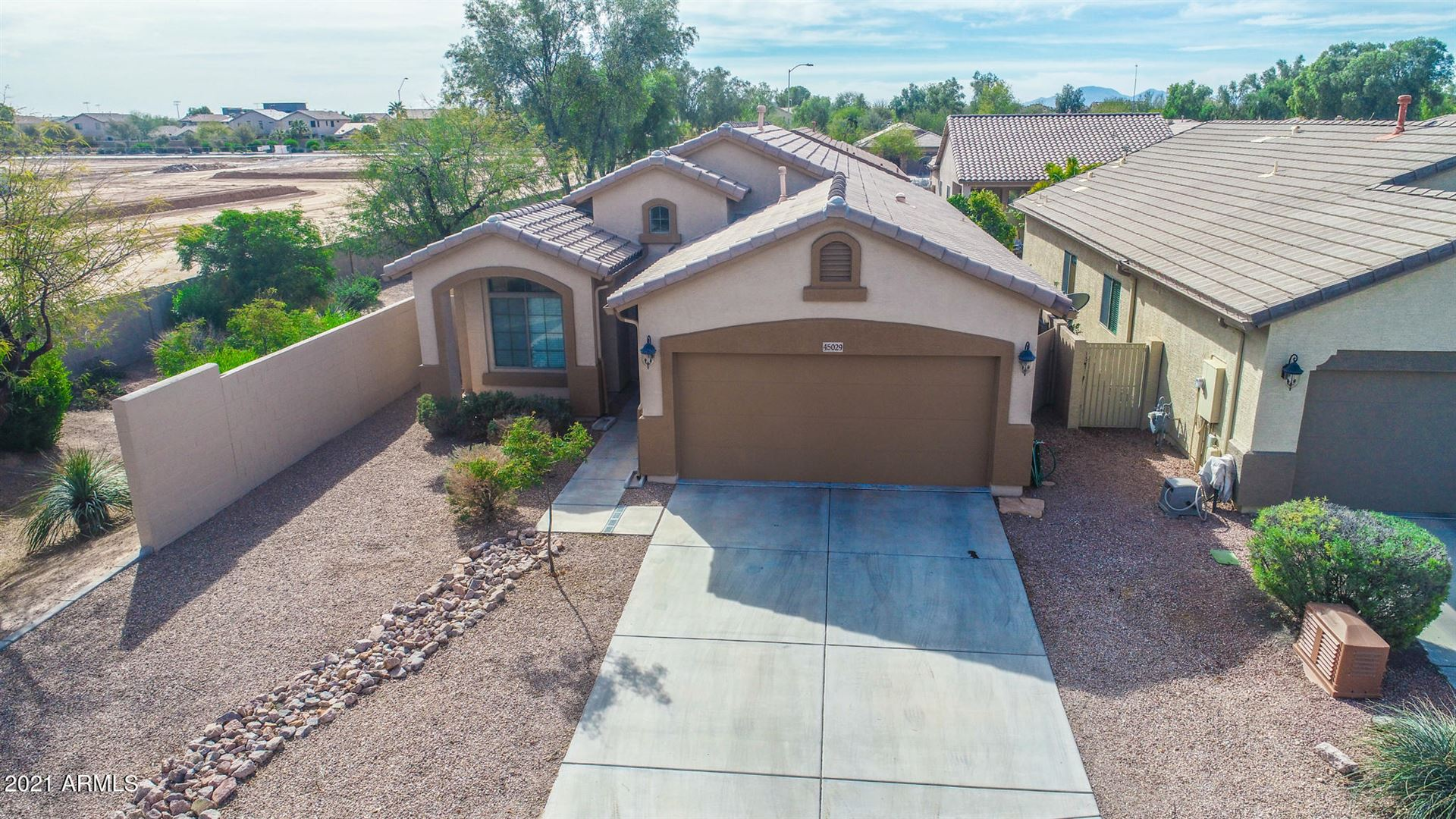 Photo of 45029 W YUCCA Lane, Maricopa, AZ 85139 (MLS # 6200716)