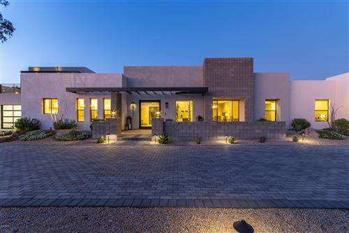 Photo of 6146 E GOLD DUST Avenue, Paradise Valley, AZ 85253 (MLS # 6019717)