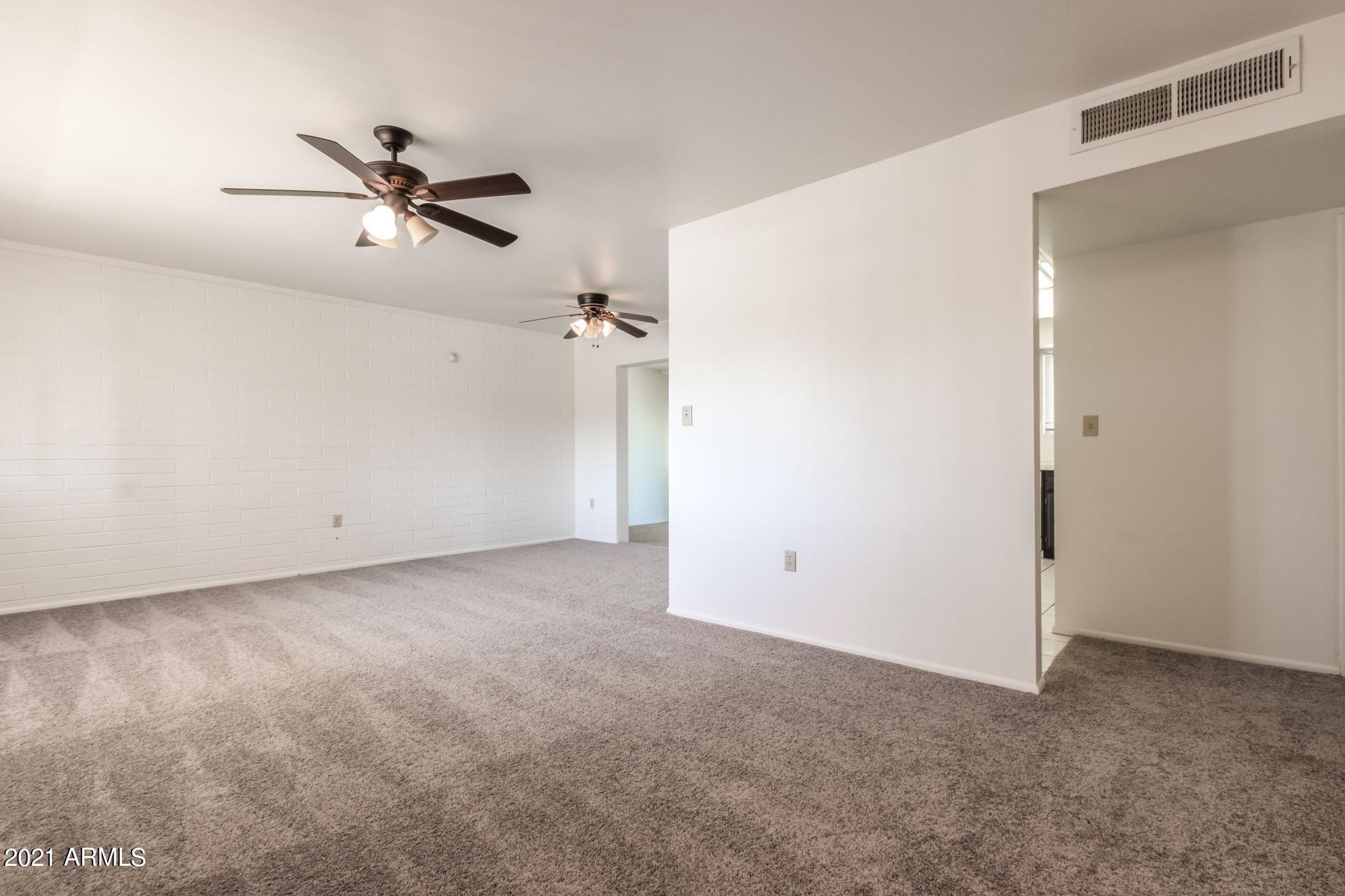 Photo of 9942 W DESERT HILLS Drive, Sun City, AZ 85351 (MLS # 6199717)