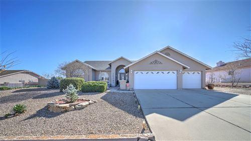 Photo of 8715 S SHARPS Road, Globe, AZ 85501 (MLS # 6054718)