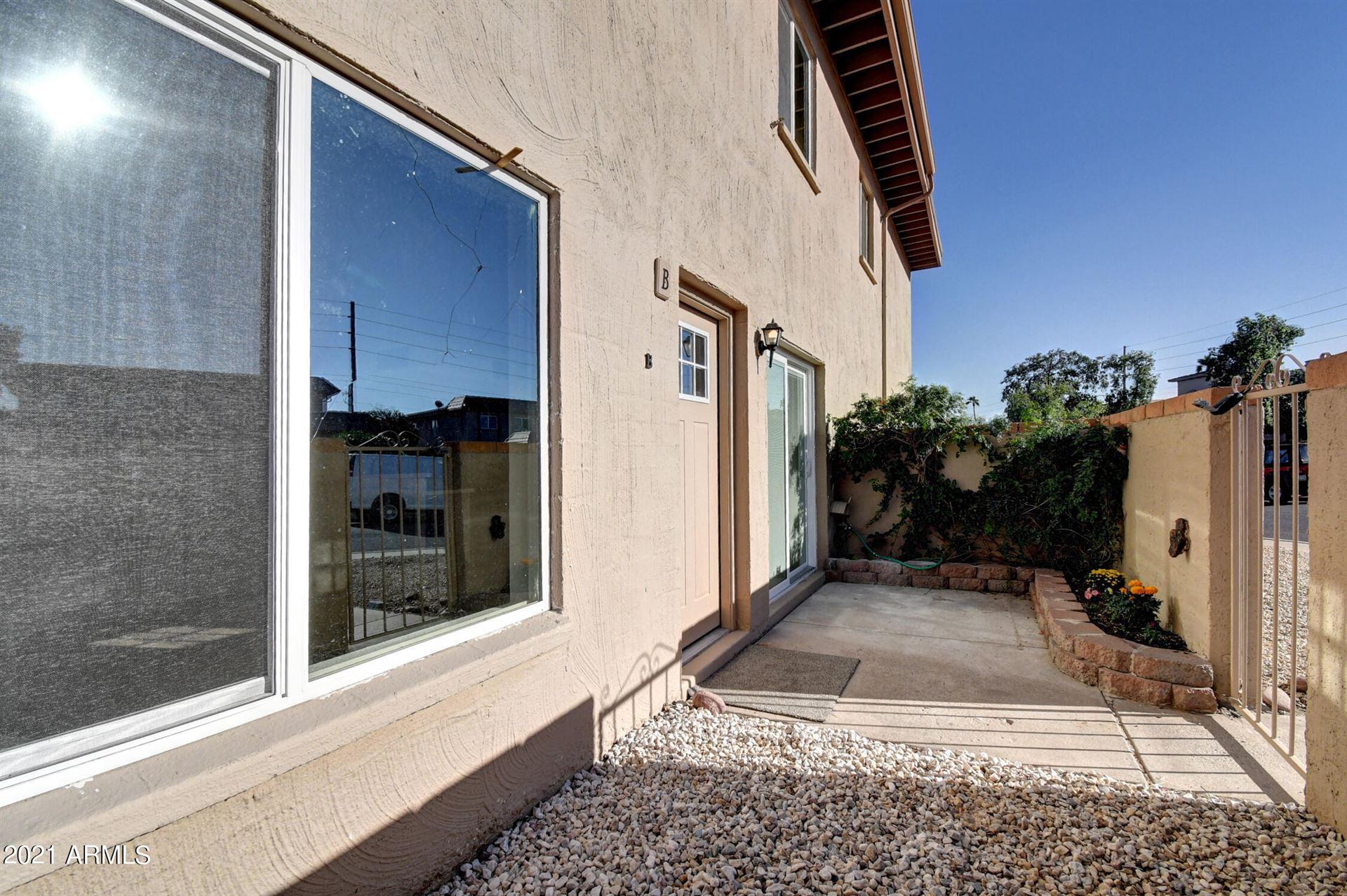 Photo of 17009 E CALLE DEL ORO -- #B, Fountain Hills, AZ 85268 (MLS # 6306718)