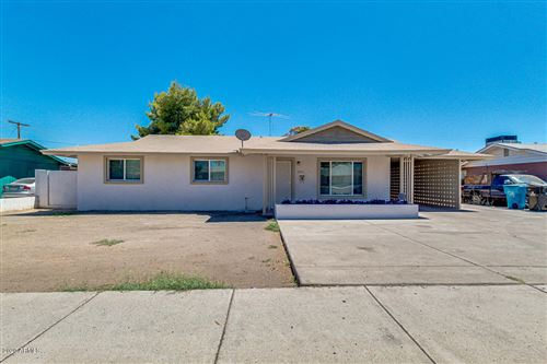 Photo of 3715 W GLENDALE Avenue, Phoenix, AZ 85051 (MLS # 6100721)