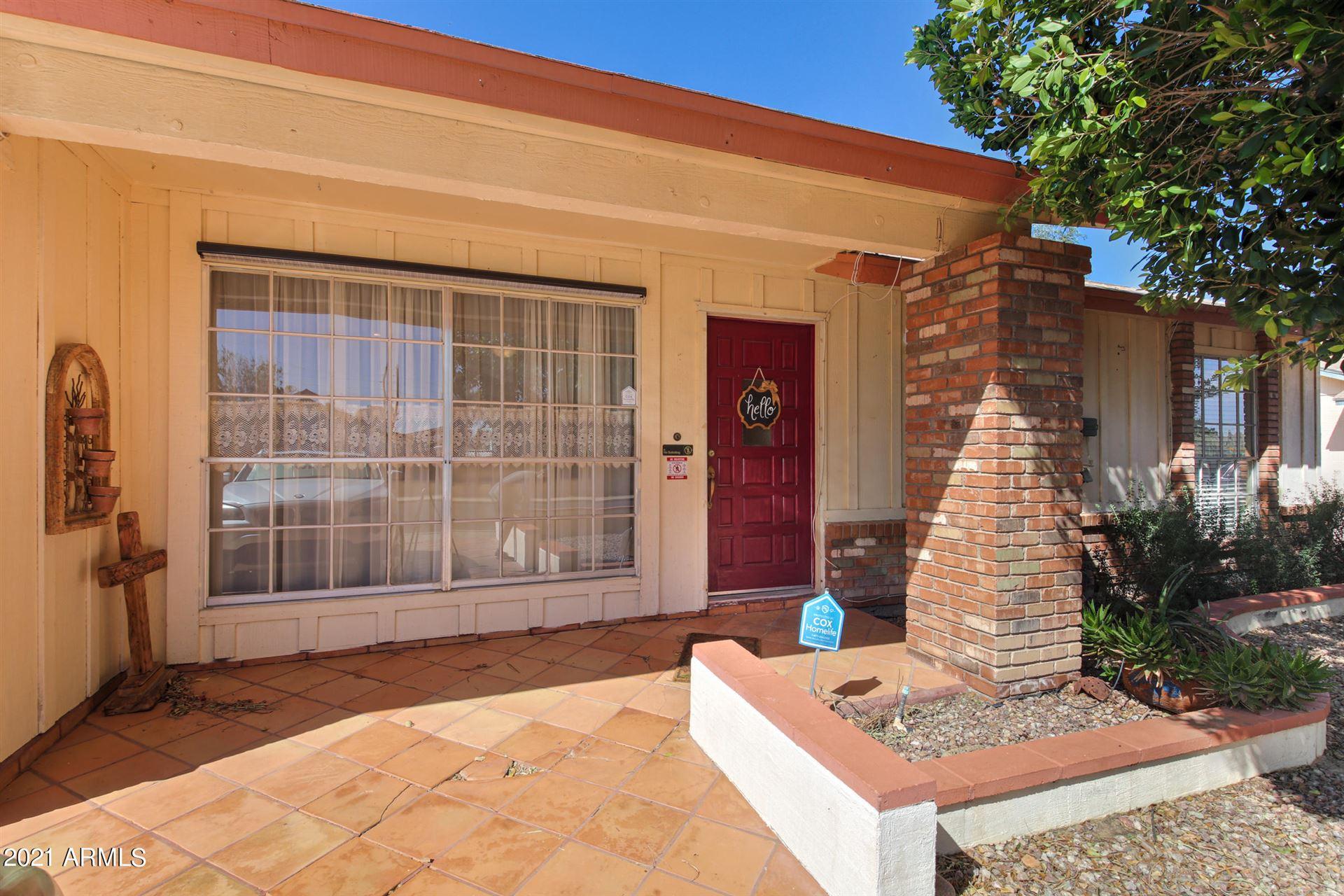 Photo of 1004 E GREENWAY Street, Mesa, AZ 85203 (MLS # 6203723)