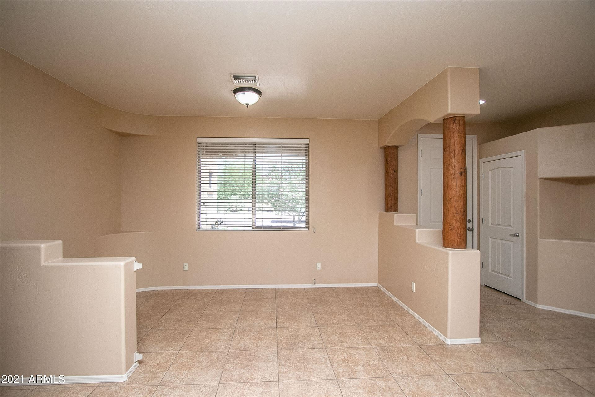 Photo of 21039 W MADRE DEL ORO Drive, Wittmann, AZ 85361 (MLS # 6290724)